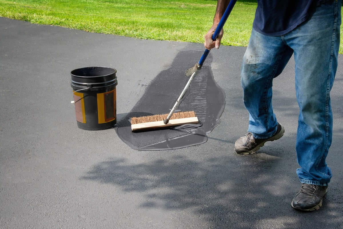 Four Tips on How to Maintain Your Asphalt Surfaces