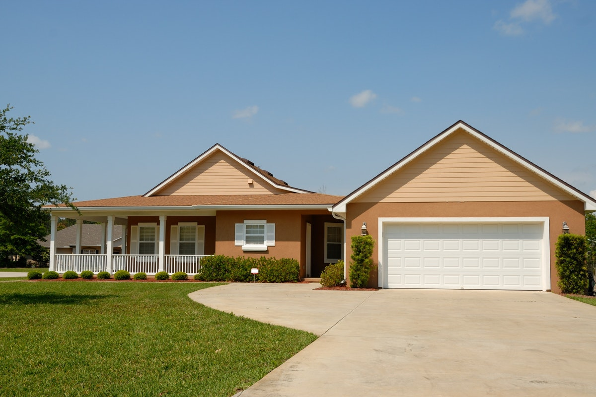 Five Driveway Maintenance Tips that Can Save You Money in the Long Run